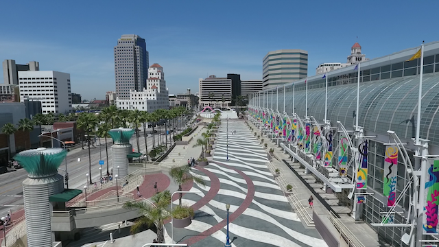 Downtown Long Beach Move Along Walkway Of Convention Center 1